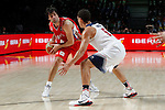 United States´s Thompson (R) and Serbia´s Teodosic during FIBA Basketball World Cup Spain 2014 final match between United States and Serbia at `Palacio de los deportes´ stadium in Madrid, Spain. September 14, 2014. (ALTERPHOTOSVictor Blanco)