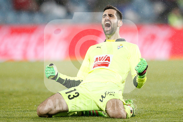 Sociedad Deportiva Eibar's Asier Riesgo celebrates goal during La Liga match. March 18,2016. (ALTERPHOTOS/Acero)
