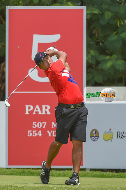 Chun-An YU (TPE) watches his tee shot on 5 during Rd 2 of the Asia-Pacific Amateur Championship, Sentosa Golf Club, Singapore. 10/5/2018.<br /> Picture: Golffile   Ken Murray<br /> <br /> <br /> All photo usage must carry mandatory copyright credit (© Golffile   Ken Murray)