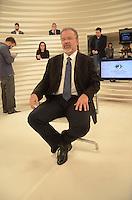 SÃO PAULO, SP - 25.07.2016 - RODA-VIDA - Raul Jungmann, Ministro da Defesa durante gravação do programa Roda Vida na sede da TV Cultura na região oeste da cidade de São Paulo nesta segunda-feira,25. (Foto: Eduardo Martins/ Brazil Photo Press)
