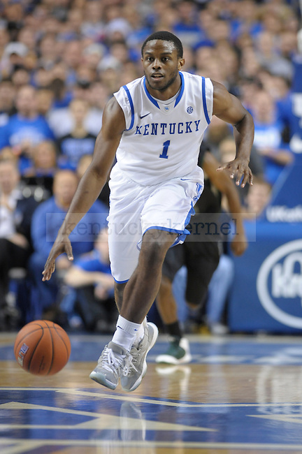 Darius Miller (1) brings up the ball during the first half of the University of Kentucky Basketball game against Loyola at Rupp Arena in Lexington, Ky., on 12/22/11. UK led at half 45-39. Photo by Mike Weaver | Staff