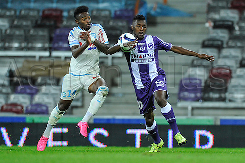 23.09.2015. Toulouse, France. French League 1 football. Toulouse versus Marseille.  Georges NKOUDOU (om) challenges Steeve YAGO (tfc)