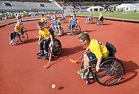 Nederland Amsterdam 2016. Johan Cruyff Foundation dag in Amsterdam. Eeen sportdag voor jongeren mét en zonder beperking in het Olympisch Stadion. Foto Berlinda van Dam / Hollandse Hoogte