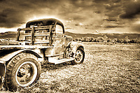 Taos GMC Truck - New Mexico (sepia)