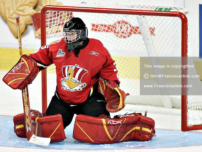 QMJHL (LHJMQ) Baie-Comeau Drakkar  #35 Marco Cousineau