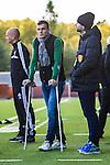S&ouml;dert&auml;lje 2013-10-06 Fotboll Allsvenskan Syrianska FC - IF Elfsborg :  <br /> Skadad Syrianska 10 Sharbel Touma med kryckor vid planen under uppv&auml;rmningen inf&ouml;r matchen mellan Syrianska FC och IF Elfsborg<br /> (Foto: Kenta J&ouml;nsson) Nyckelord:  skada skadan ont sm&auml;rta injury pain