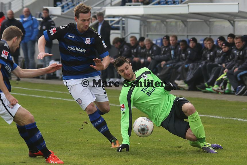 Manuel Konrad (FSV) gegen Moritz Stoppelkamp (1860)- FSV Frankfurt vs. TSV 1860 München Frankfurter Volksbank Stadion