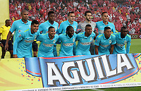 BOGOTÁ -COLOMBIA, 7-NOVIEMBRE-2015. Formacion  del  Atletico Nacional  antes de su encuentro  con el  Independiente Santa Fe por la fecha 19 de la Liga Aguila II 2015 jugado en el estadio Nemesio Camacho El Campín de la ciudad de Bogotá./Teamr of Atletico Nacional  before match against  of Independiente Santa Fe   of the match between Independiente Santa Fe and Atletico Nacional for the date 19 of the Aguila League II 2015 played at Nemesio Camacho El Campin stadium in Bogotá city. Photo: VizzorImage / Felipe Caicedo / Staff