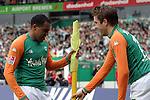 Ivan Klasnic - dreimal die Woche zur Blutwaesche - so lautet die Diagnose beim ehemaligen Werder Stuermer. Ivan ist auf eine neue Niere angwiesen - die von seinem Vater 2007 transplantierte Niere arbeitet nicht mehr. Nun wartet er auf eine neue Niere<br /> Archiv aus: <br />  BL 2003/2004 - 24. Spieltag<br /> Werder Bremen vs. 1. FC Koeln<br /> Ailton (links) und Ivan Klasnic (rechts) von Werder Bremen nach dem Tor zum 3:0 fuer die Bremer durch Ailton.<br /> Foto © nordphoto -