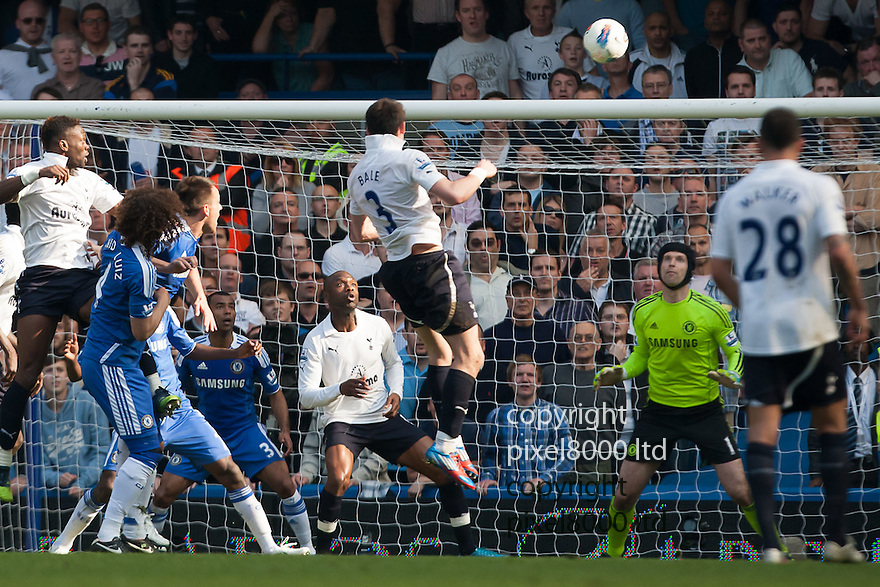 London, UK. Tottenham winger Gareth Bale hits the bar with a header during Barclays Premier League fixture Chelsea versus Tottenham Hotspur at Stamford Bridge 24 Mar.  Byline David Fearn Pixel 8000 Ltd