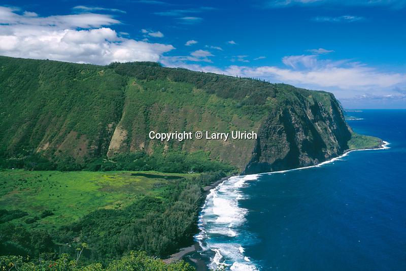 Waipio Bay and Waipio Valley<br /> Hamakua Coast<br /> Island of Hawaii,  Hawaii