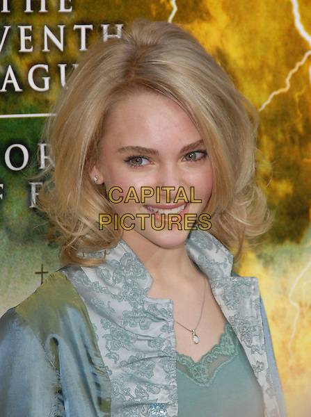 "ANNASOPHIA ROBB.The Warner Brothers' Pictures L.A. Premiere of ""The Reaping"" held at The Mann Village Theatre in Westwood, California, USA..March 29th, 2007.headshot portrait anna sophia .CAP/DVS.©Debbie VanStory/Capital Pictures"