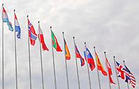 CERIMONIA DI APERTURA DEL NUOVO COMANDO  JFC NATO DI LAGO PATRIA .NELLA FOTO BANDIERE.FOTO CIRO DE LUCA....OPENING CEREMONY OF THE NEW JFC NAPLES HQ