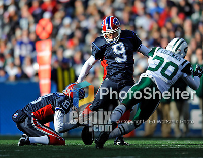 2 November 2008:  Buffalo Bills' place kicker Rian Lindell (9) kicks a 53-yard field goal during the third quarter against the New York Jets at Ralph Wilson Stadium in Orchard Park, NY. The Jets defeated the Bills 26-17 improving their record to 5 and 3 for the season...Mandatory Photo Credit: Ed Wolfstein Photo