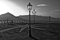 Teggiano - Parco Nazionale del Cilento - 2011 - Teggiano comune italiano di circa 8000 abitanti della provincia di Salerno in Campania. Viene considerato uno tra i borghi più belli del Cilento.
