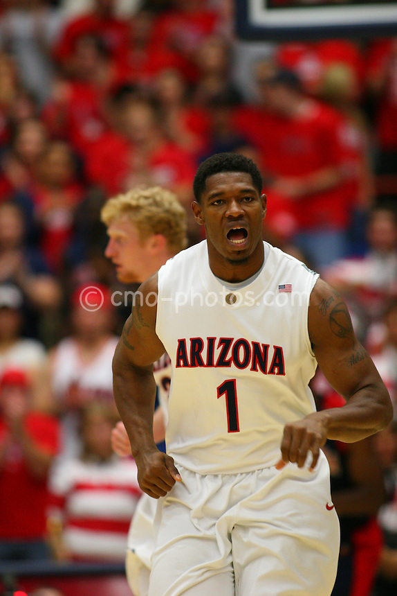 Nov 17, 2008; Tucson, AZ, USA; \tpuaXn \tpfauXn in the second half of a NIT Season Tip-Off game at the McKale Center.  Arizona won the game 75-62.  Mandatory Credit: Chris Morrison-US PRESSWIRE