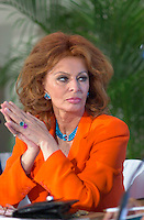 Italian actress Sophia Loren was giving a before  a press conference, August 26, 2001 in Montreal, CANADA. where shewas given  a Special Grand Prize of the Americas, from Serge Losique.<br /> <br /> Photo by John Raudsepp (Transmited & paid to Pierre Roussel)<br /> <br /> NOTE : raw jpeg from Nikon D 1, openened with QUIMAGE ICC profile