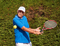 Netherlands, Amstelveen, August 22, 2015, Tennis,  National Veteran Championships, NVK, TV de Kegel,  Men's 65+, Frank van Lerven<br /> Photo: Tennisimages/Henk Koster