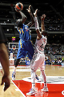 Real Madrid's Marcus Slaughter and Maccabi's James during Euroliga quarter final match. April 10,2013.(ALTERPHOTOS/Alconada) /NortePhoto