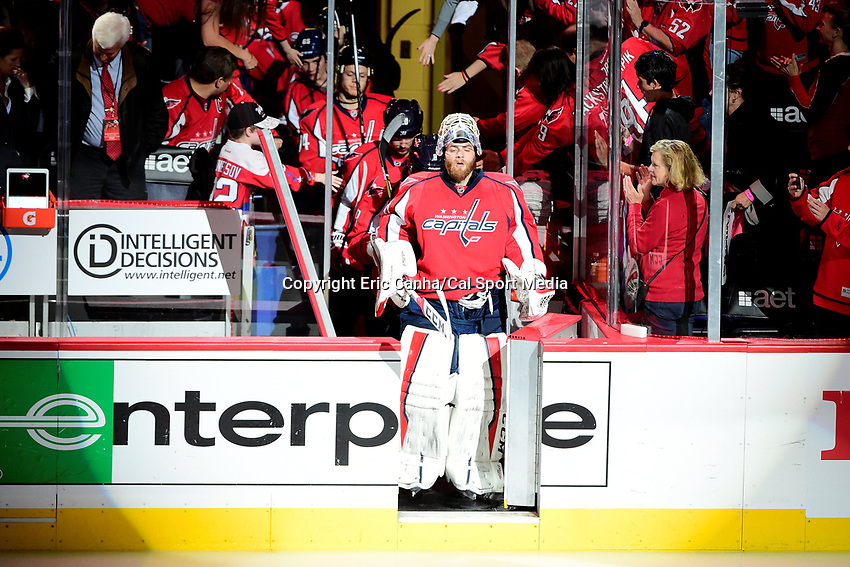 Friday, April 22, 2016: Washington Capitals goalie Braden Holtby (70) takes the ice at game 5 of the first round of the National Hockey League Eastern Conference playoffs  between the Philadelphia Flyers and the Washington Capitals held at the Verizon Center in Washington, DC. Eric Canha/CSM