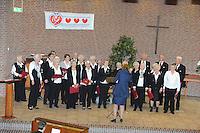 CULTUUR: Joure: 05-04- 2014, Zangconcours van de Bond van koren in Friesland, Het Holderkoor Drachten, ©foto Martin de Jong