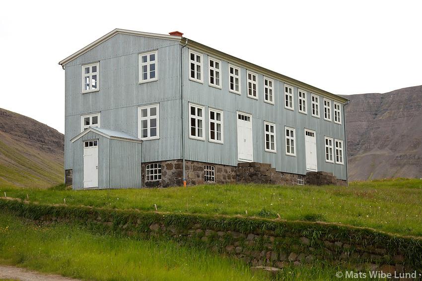 Ólafsdalu aðalbygging.. Hér var fyrsta landbúnaðarskóli rekin á Íslandi. Dalabyggð áður Saurbæjarhreppur / Olafsdalur main building. This is the site of first farmal school in Iceland, Dalabyggd former Saurbaeajarhreppur.