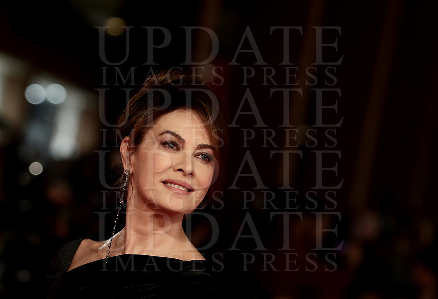 L'attrice italiana Elena Sofia Ricci posa sul red carpet di apertura della 13 edizione della Festa del Cinema di Roma, 18 ottobre 2018.<br /> Italian actress Elena Sofia Ricci poses on the 13th Rome Film Festival opening red carpet in Rome, October 18, 2018.<br /> UPDATE IMAGES PRESS/Isabella Bonotto
