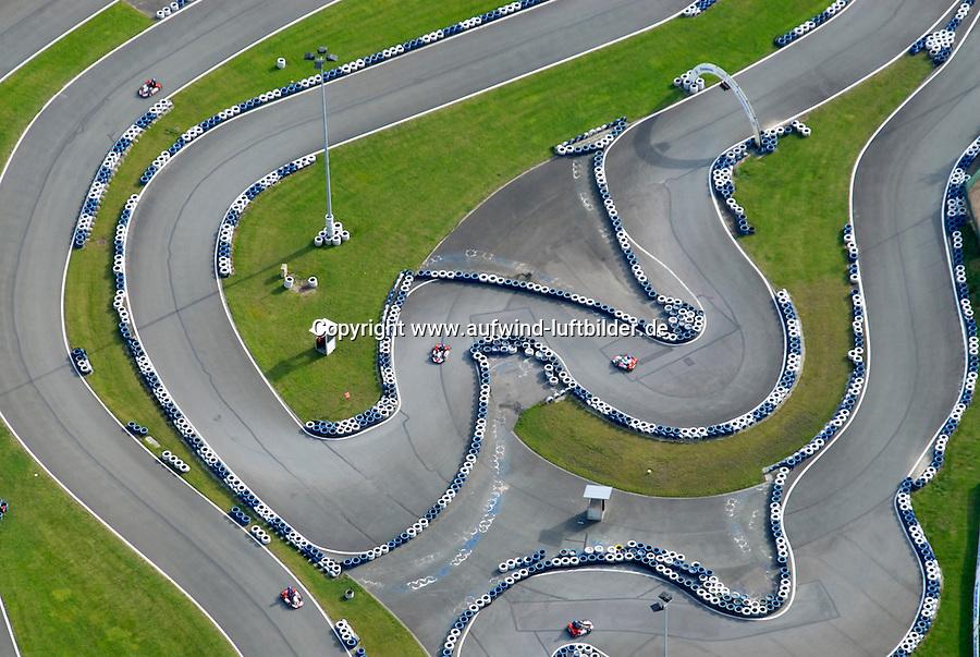 4415 / Kartbahn: EUROPA, DEUTSCHLAND, NIEDERSACHSEN, (EUROPE, GERMANY), 09.10.2005: Ralf Schumacher Kartbahn in Bispingen in der Lueneburger Heide, Rennstrecke, Autorennen, Kart, Rennbahn,