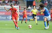20180904 - LEUVEN , BELGIUM : Belgian Tessa Wullaert pictured with Italian Sara Gama (r) during the female soccer game between the Belgian Red Flames and Italy , the 8th and last game in the qualificaton for the World Championship qualification round in group 6 for France 2019, Tuesday 4 th September 2018 at OHL Stadion Den Dreef in Leuven , Belgium. PHOTO SPORTPIX.BE | DAVID CATRY