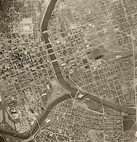 historical aerial photograph Des Moines, Iowa 1956