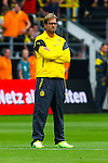 13.08.2014, Signal Iduna Park , Dortmund, GER, DFL-Supercup, Borussia Dortmund vs. FC Bayern Muenchen / M&uuml;nchen, im Bild: Trainer J&uuml;rgen / Juergen Klopp (Borussia Dortmund) schaut konzentriert, angespannt. Freisteller, Cutout, Ganzkoerper, Ganzk&ouml;rper, Hochformat<br /> <br /> Foto &copy; nordphoto / Grimme
