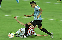 ARMENIA – COLOMBIA, 19-01-2020: Maximiliano Araujo de Uruguay disputa el balón con Cristhian Paredes de Paraguay durante partido entre Uruguay y Paraguay por la fecha 1, grupo B, del CONMEBOL Preolímpico Colombia 2020 jugado en el estadio Centenario de Armenia, Colombia. /  Maximiliano Araujo of Uruguay fights the ball with Cristhian Paredes of Paraguay during the match between Colombia and Paraguay for the date 1, group B, for the CONMEBOL Pre-Olympic Tournament Colombia 2020 played at Centenario stadium in Armenia, Colombia. Photos: VizzorImage / Gabriel Aponte / Staff