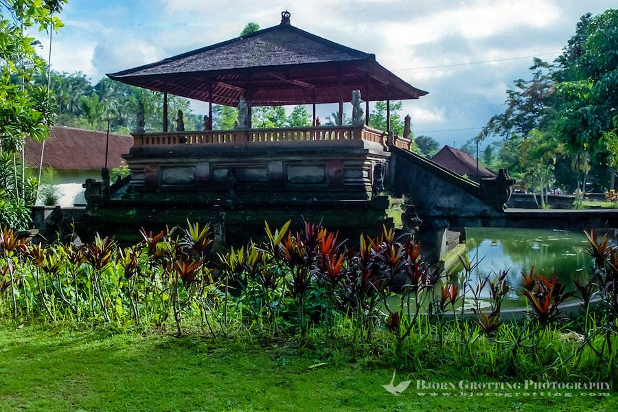 Bali, Gianyar, Tirtha Empul. Pura Tirtha Empul temple close to Tampaksiring. Park outside the temple.