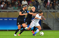 Belo Horizonte, Brazil - Wednesday, August 3, 2016: The USWNT go up 2-0 over New Zealand from a goal by Carli Lloyd in Group G play during the 2016 Olympics at Mineirão stadium.