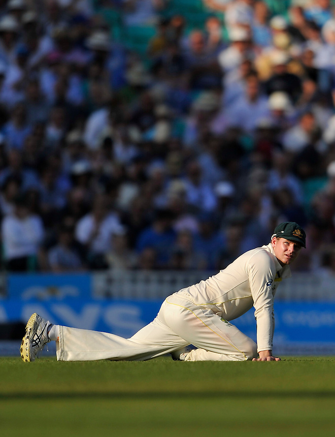 Australia's Steven Smith stretching<br /> <br /> Photographer Ashley Western/CameraSport<br /> <br /> International Cricket - Investec Ashes Test Series 2015 - Fifth Test - England v Australia - Day 3 - Saturday 22nd August 2015 - Kennington Oval - London<br /> <br /> &copy; CameraSport - 43 Linden Ave. Countesthorpe. Leicester. England. LE8 5PG - Tel: +44 (0) 116 277 4147 - admin@camerasport.com - www.camerasport.com