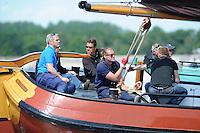 SKUTSJESILEN: LEMMER: Baai van Lemmer, 31-05-2014, Lemmer Ahoy, Douwe Visser wint met het skûtsje van Grou, Schipper Alco Reijenga  skûtsje van Heerenveen, ©foto Martin de Jong