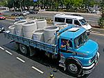 Caminhão de transporte de carga.  Foto de Juca Martins