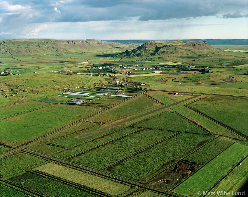BIFL Flúðir flugvöllur séð til suðurs, Hrunamannahreppur /.BIFL Fludir airfield, viewing south, Hrunamannahreppur.