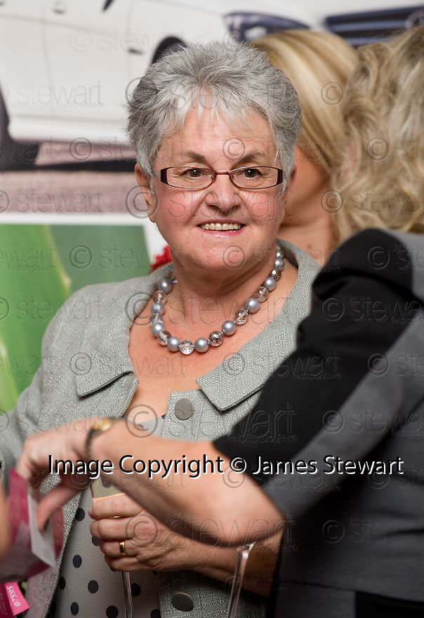 17/09/2010   Copyright  Pic : James Stewart.038_handbags_&_gladrags  .::  ABERLOUR TRUST  :: HANDBAGS & GLADRAGS LADIES LUNCH, GRAND CENTRAL HOTEL, GLASGOW ::