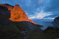 Sunrise over Storskiva and Bunes beach, Moskenesøy, Lofoten Islands, Norway