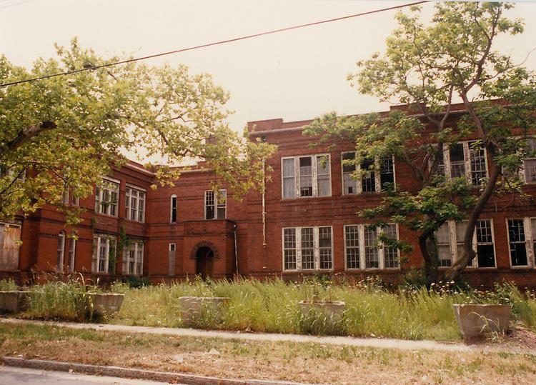 1991 June ..Conservation.Central Brambleton..J. B. Goode School building...NEG#.NRHA#.06/91  CONSERV  :Brambl  2:2  :9 :.