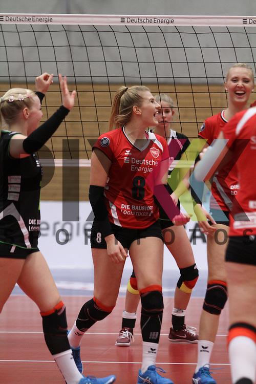 Koepenicks Annalena Graetz jubelt beim Spiel in der Volleyball Bundesliga, Koepenicker SC Berlin  - VCO Berlin.<br /> <br /> Foto &copy; PIX-Sportfotos *** Foto ist honorarpflichtig! *** Auf Anfrage in hoeherer Qualitaet/Aufloesung. Belegexemplar erbeten. Veroeffentlichung ausschliesslich fuer journalistisch-publizistische Zwecke. For editorial use only.