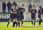 2015-10-31 /voetbal / seizoen 2015 - 2016 / Dessel Sport - KSK Heist / Bart Webers (l) (Heist) heeft de 0-1 binnen gekopt en wordt gefeliciteerd door zijn ploegmaats