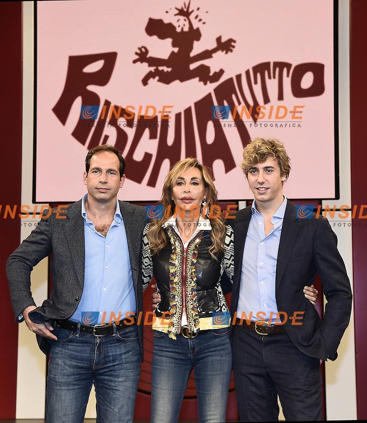 Milano 24/10/2016 - photocall trasmissione Tv ' Rischiatutto' / foto Daniele Buffa/Image/Insidefoto  <br /> nella foto: Daniela Zuccoli-Nicolo' Bongiorno-Leonardo Bongiorno
