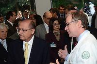 SAO PAULO, SP, 21 DE MAIO DE 2012 - ALCKMIN ENTREGA MEDICINA NUCLEAR - O governador Geraldo Alckmin na entrega das novas instalações do serviço de Medicina Nuclear do Instituto de Radiologia (Inrad) do Hospital das Clinicas da Faculdade de Medicina da USP, na Rua Doutor Ovídio Pires de Campos, na manha desta segunda feira, regiao das clinicas. FOTO: ALEXANDRE MOREIRA - BRAZIL PHOTO PRESS