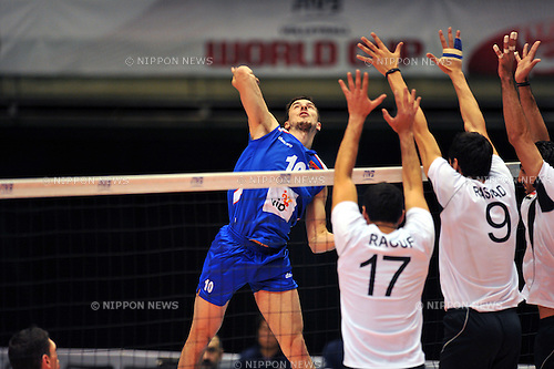 Nikic Milos (SRB), DECEMBER 2,2011 - Volleyball : FIVB Men's Volleyball World Cup 2011,4th Round Tokyo(B) during match between Serbia 3-1 Egypt at Tokyo Metropolitan Gymnasium, Tokyo, Japan. (Photo by Jun Tsukida/AFLO SPORT) [0003]