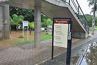 PIRACICABA,SP, 07.06.2016 - CLIMA-SP - Vista do Rio Piracicaba acima da sua capacidade na cidade de Piracicaba interior do Estado de São Paulo nesta terça-feira, 07. Com a vazão de 642/m3, de acordo com o site do Consórcio PCJ, o rio começou a sair na avenida Alidor Pecorari interditando a via e fechando os restaurantes daquela região. Desde as 06h00 da manhã a SEMUTRAN interditou a via pois as chuvas não cessaram e há a possibilidade de aumento do volume de água. ( Foto: Mauricio Bento/ Brazil Photo Press)