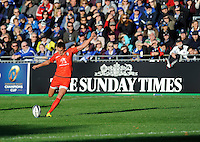 Toby Flood of Stade Toulousain takes a penalty kick during the European Rugby Champions Cup  Round 2 match between Bath Rugby and Stade Toulousain at The Recreation Ground on Saturday 25th October 2014 (Photo by Rob Munro)