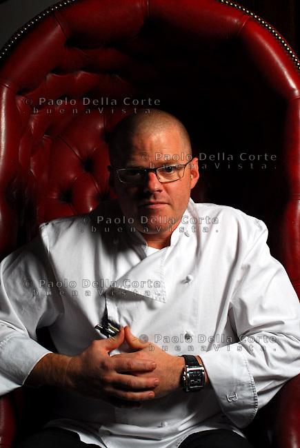 Bray villaggio fuori Londra- Ristorante Fat Duck. Lo chef Heston Blumenthal tre stelle Michelin