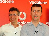 Vodafone presenta la nuova rete veloce la LTE ADVANCED che viaggera a 250Mbps Citta  test della rete sara  Napoli <br /> nella foto rocchio, gastaut